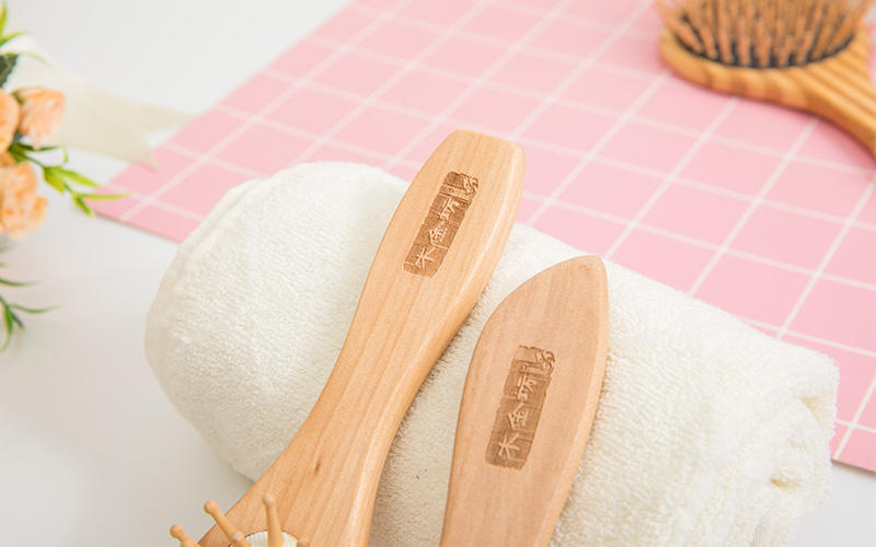 Custom wood hair brush head company for travel