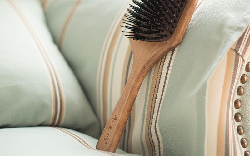 natural wood hair brush holiday design for home