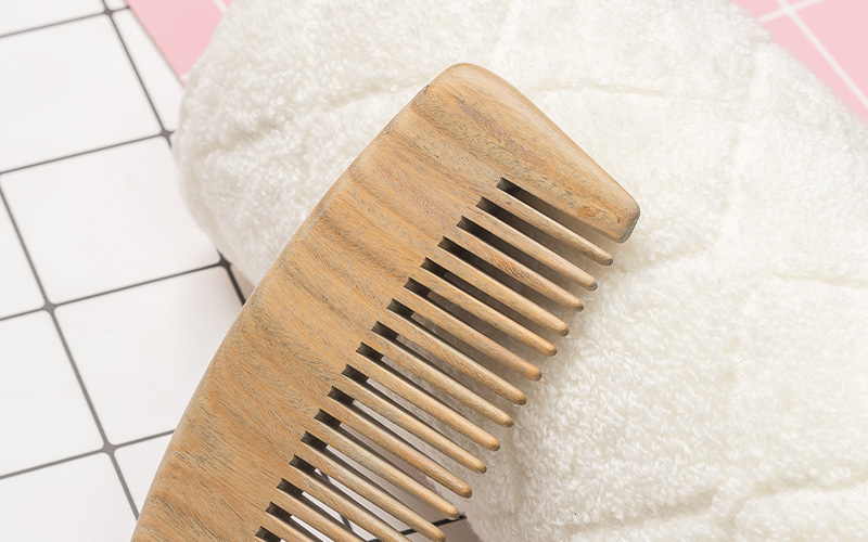 Boom Home round wooden comb design for travel-4