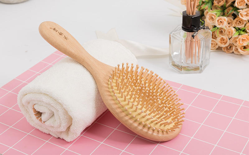 anti-static wooden handle hair brush detangler with good price for travel-2