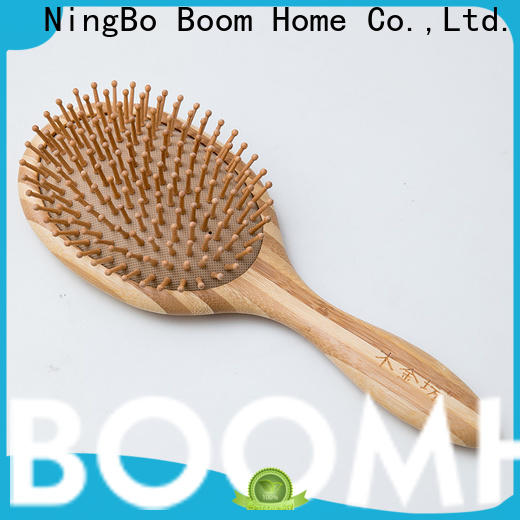 Custom bamboo comb logo company for curly hair