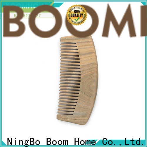 New wooden comb without suppliers for hotel
